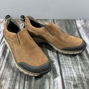 Clarks wave walk frontier slip on shoes sized 7